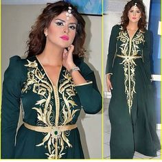 Boutique vente caftan Marocain 2018 à Paris Lyon Toulouse Nice Marseille ..etc vous propose une large gamme de caftans luxe pas cher Morrocan Dress, Moroccan Caftan, Ball Dresses, Ball Gowns, Hijab Fashion, Fashion Dresses, Arabic Dress, Oriental Fashion, Chic Dress