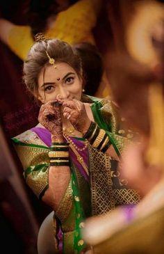 Beautiful Marathi Bride I wannabe her someday Indian Wedding Pictures, Indian Wedding Poses, Indian Wedding Photography Poses, Bride Photography, Photography Ideas, Photography Camera, Saree Hairstyles, Indian Bridal Hairstyles, Marathi Bride