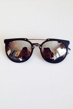 Wonderland Stateline Matt Black Silver Mirror Sunglasses