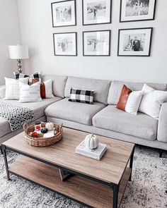 Living Room Decor Grey Couch, New Living Room, Living Room With Sectional, Simple Living Room Decor, Best Living Room Design, Gray Living Rooms, Living Room Decorations, Decorating Small Living Room, Bedroom With Couch