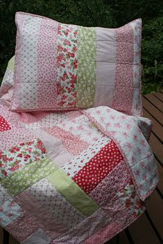 Love the idea of taking the scraps and making pillow cases. Cute addition & so many neat pillow case tutorials on youtube now.