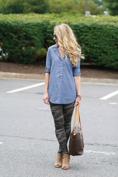 { Weekend Camouflage: Chambray denim tunic, Camo skinnies & Peep-toe boots }