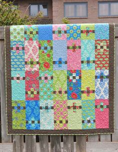 Patchwork Posies quilt pattern, in: Living Large 2, a book by Heather Mulder Peterson | Anka's Treasures