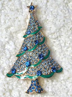 GORGEOUS SAPPHIRE COLOR BLUE STARS GOLD PLATED CHRISTMAS TREE PIN BROOCH C39