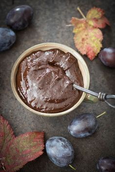 Qchnia Osobista : Śliwka w czekoladzie Plum, Pudding, Nutella, Fruit, Party, Recipes, Food, Custard Pudding, Essen