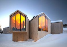 Norwegian holiday home with a split façade in Geilo by Reiulf Ramstad Arkitekter