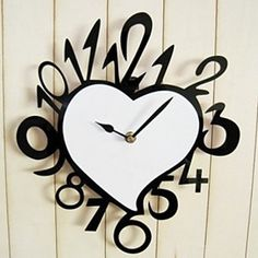 Artistic Number Heart Wall Clock – USD $ 39.99