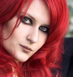 Sonja Kraushofer Sexy Makeup, Shell Crafts, Hair And Nails, Singer, Eyes, Metal, Girls, Beautiful, Redheads
