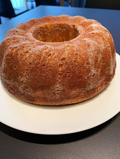 Bezlepková tvarohová bábovka | Bez lepku Raw Vegan, Bagel, Doughnut, Low Carb, Gluten Free, Bread, Desserts, Food, Glutenfree