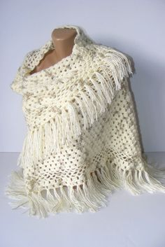 absolutely fab shawl by @seno_ada ivory women shawl 2012 crochet by seno on Etsy