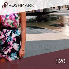 Colorful Floral Dress Zip up side, snap around neck, perfect summer dress, size 4 Dresses Midi
