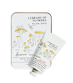 Lollia Library of Flowers Willow & Water Handcreme - Nectar + Pollen Chapter, Oz Colleges For Psychology, Cosmetic Design, Perfume, Packaging Design Inspiration, Design Packaging, Pretty Packaging, Packaging Ideas, Logo Inspiration, Kids Branding