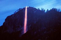 Photos and info about the famous Yosemite Firefall. A Glacier Point tradition from 1872 to 1968 in Yosemite National Park, California.