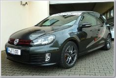 Rent race car: VW Golf 5 GTI