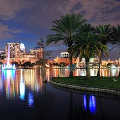 Shoutout to #orlandoflorida! Whether you're there right now or have been share your #traveltips! #JamTravel