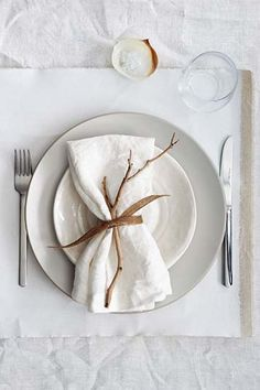 Inspiration: Setting the Thanksgiving Table | Eye-Swoon