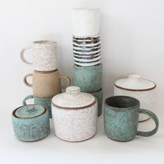 homebuildlife:  A beautiful range of ceramics...