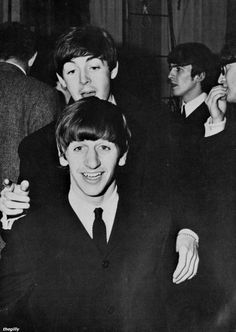 The Beatles backstage at the Olympia Theatre in Paris, January … Paul Mccartney Ringo Starr, John Lennon Paul Mccartney, Beatles Love, John Lennon Beatles, Beatles Poster, Beatles Photos, Great Bands, Cool Bands, The Quarrymen