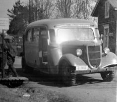 Apparently the 'bruck' (bus/truck combination for passengers and cargo) was a thing for a while in Europe, via www.jalopyjournal.com Dieselpunk, Finland, Wwii, Two By Two, Steampunk, Ford, Europe, Trucks, Vehicles