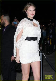 Kate Upton looks absolutely smokin' as she arrives at 2014 Met Ball After Parties to keep the night going in New York City. #Style #Hollywood #Fashion #Beauty