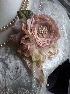 Silk rose brooch hair accessory mother of the bride shabby Fabric Ribbon, Fabric Flowers, Paper Flowers, Art Flowers, Romantic Flowers, Vintage Flowers, Brooch Corsage, Silk Roses, Flower Dresses