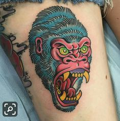 What does gorilla tattoo mean? We have gorilla tattoo ideas, designs, symbolism and we explain the meaning behind the tattoo. Cool Tribal Tattoos, Tribal Tattoo Designs, Cool Tattoos, Traditional Tattoo Gorilla, Traditional Tattoo Design, Head Tattoos, Sleeve Tattoos, Desenhos Old School, Gorilla Tattoo