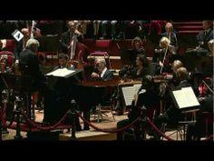 ▶ Beethoven: Pianoconcert nr.2 - Arthur Jussen - Frans Bruggen - Live Concert - YouTube