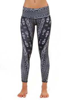 Teeki Charcoal Diamond Tribe Hot Pant yoga
