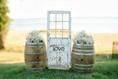 17 New Ideas Door Photography Backdrop Altars Wedding Altars, Rustic Wedding, Our Wedding, Dream Wedding, Wedding Doors, Wedding Ideas, Modern Exterior Doors, Front Door Makeover, Unique Vintage
