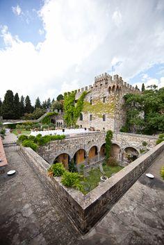 Anna and Spencer Photography, Atlanta Wedding Photographers. Wedding Reception, Castello di Vincigliata, Fiesole, Italy - near Florence, Italy