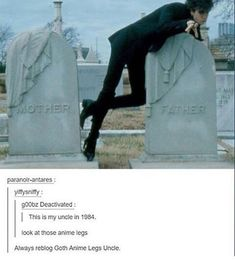 Goth anime legs uncle Woah srsly tho those legs Funny Cute, Really Funny, Hilarious, Tumblr Posts, Stupid Funny Memes, Funny Posts, Dankest Memes, Jokes, Goth Memes