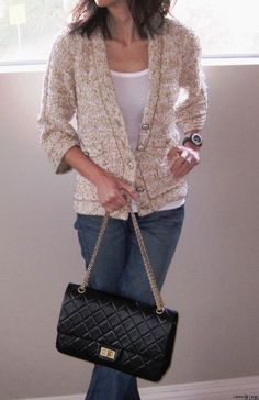 4f6530ced7c0 like this relaxed look Chanel Reissue, Chanel Handbags, Goodies, Women's,  Purses,