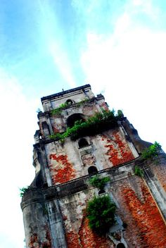Laoag Sinking Belltower One of Laoag City's most famous landmarks in fact one of the top Ilocos Norte tourist attractions. Ilocos, Famous Landmarks, Filipino, Big Ben, Philippines, Islands, Beautiful Places, Sink, Photography