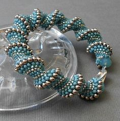 beaded bracelet blue seed bead