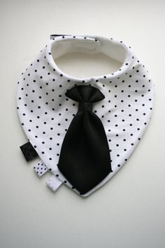 Baby dribble bib removable tie / bow tie, nice baby shower, baptism / christening gift boy, infant, toddler