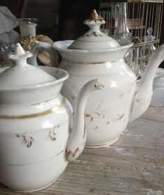 Antique Porcelain of Paris Tea Pots - 1800s FleaingFrance Brocante.