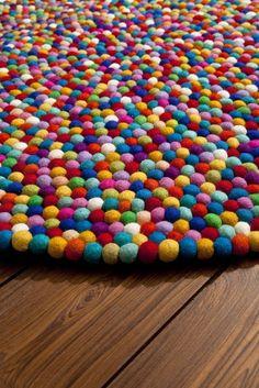 wools felt balls rug,