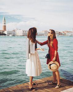 "Rosie Londoner on Instagram: ""How to speak Italian - use your hands ✋☝️ @juliahengel"""