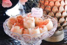 #bodas #decoracao #festa #casamangabeiras #wedding #arranjos #flores #cremedelacreme