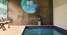 Piscina Be Water. Infórmate en nuestro sitio web de todos los servicios que ofrecemos en nuestra piscina de agua salada, como por ejemplo: Matronatación donde disfrutarás con tu bebé en el agua, Natación Infantil para niños a partir de los 3 años de edad, Terapia Acuática para embarazadas ó disfrutar de una sesión de Watsu, una técnica   de masaje y relajación que se realiza en el agua.