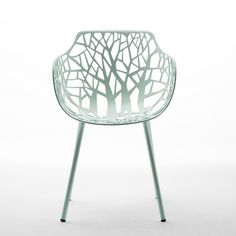 Aluminium Garden chair with Armrests, Design by Francesca Petricich, Robby Cantarutti Must request prices. Graphisches Design, Chair Design, Interior Design, Lawn Furniture, Furniture Design, Outdoor Furniture, Modern Furniture, Contemporary Outdoor Chairs, Berkeley Homes