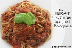 The Best Slow Cooker Spaghetti Bolognese! This is so delicious!