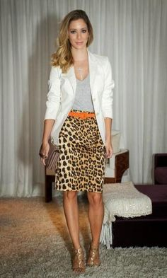 What To Wear To Work: Office Fashion Outfit Ideas - Fashion Leopard Print Outfits, Animal Print Outfits, Leopard Skirt, Animal Print Fashion, Fashion Prints, Animal Prints, Style Casual, Casual Looks, Casual Outfits