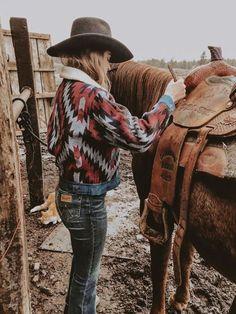 Boho's Best Buranan Clothing Women Winter Coats Sherpa Coats Fashion Lapel Native More from my sitewomen's fashion Country Girl Outfits, Cowgirl Style Outfits, Western Outfits Women, Southern Outfits, Rodeo Outfits, Country Fashion, Cute Outfits, Country Girl Style, Cowgirl Fashion