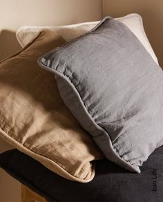 Image 6 of the product LINEN CUSHION COVER Zara Home, Bed Cushions, Throw Pillows, Decorative Cushions, Improve Yourself, Cover, Image, Slipcovers, Toss Pillows