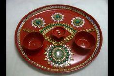 Aarti thali Kalash Decoration, Thali Decoration Ideas, Decorations, Indian Crafts, Pink Prom Dresses, Diwali, Garland, Favors, Decorative Plates