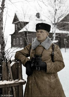 Lieutenant Colonel Alexander I. Klyukanov, the commander of a Russian infantry unit, that defended Leningrad during the siege. Leningrad Front, c. 1941 – 1944. Photo by Sergey N. Strunnikov.