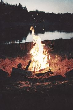 Let's all get around the campfire. #NorthBound #AmericaBound #Outside
