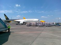 UPS Boeing 767 on the ramp in Budapest