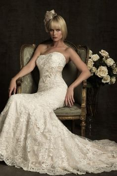 Lace Wedding Dresses are always the prettiest!